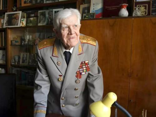 С юбилеем Вас, Лев Игнатьевич!