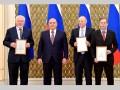 Михаил Мишустин вручил премии в области СМИ